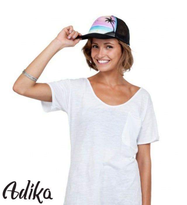 כובע עם גרפיטי לחברת Adika