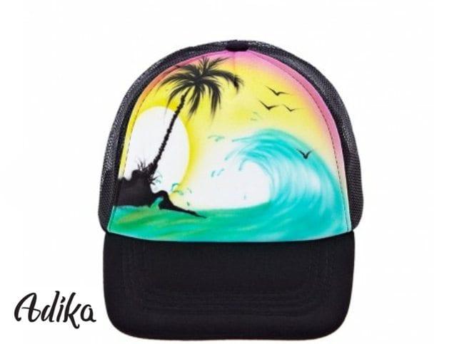 ציורי גרפיטי על כובעים לחברות